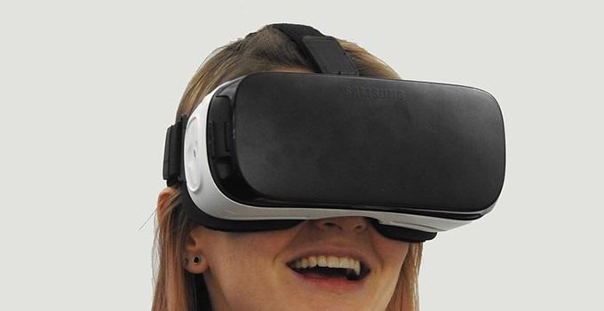 VR専用ゴーグルが必要